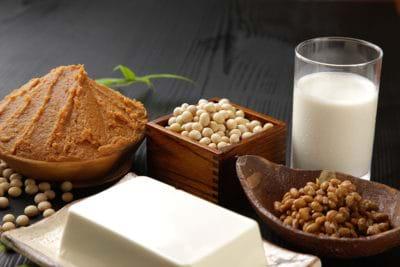 Ăn gì, kiêng gì trong quá trình điều trị nám, tàn nhang?
